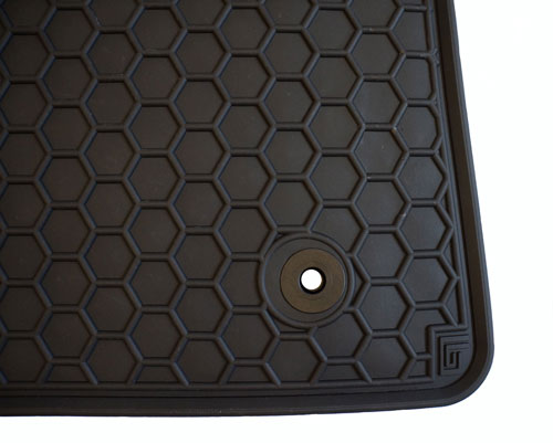 Moulded Rubber Van Mats - 10mm Raised Edge